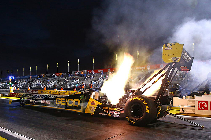 top-fuel-dragster-1200x800